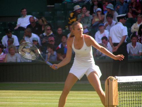 Maria_Sharapova_Wimbledon_2004