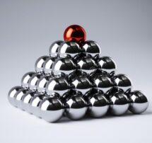 metal-ball-pyramid